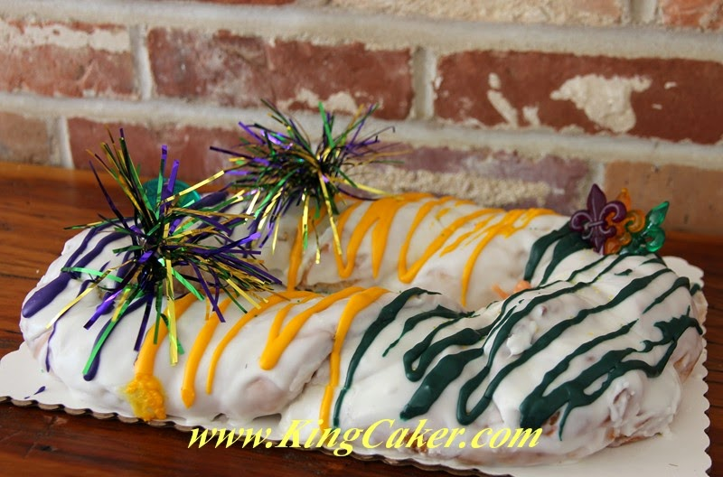 Champagnes King Cake_2